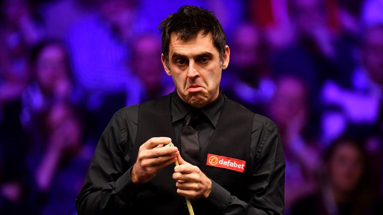 Ronnie O'Sullivan defends his scathing criticism of the English Open venue