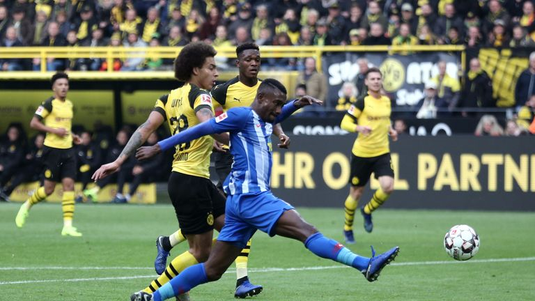 Salomon Kalou scored twice as Hertha Berlin came back to earn a point