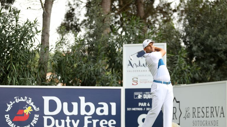 Garcia leads by 3 at Andalucia Masters, play resumes Monday