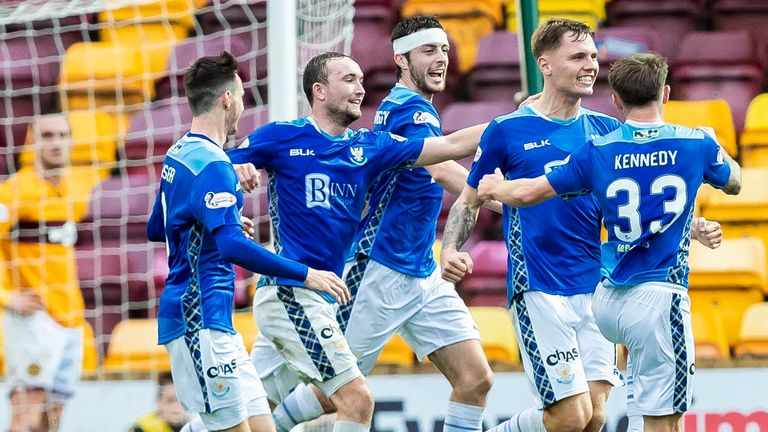 St Johnstone's celebrate their late winner