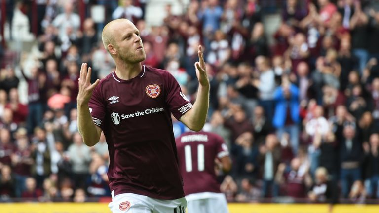 Steven Naismith scored a hat-trick in the 4-1 win over St Mirren