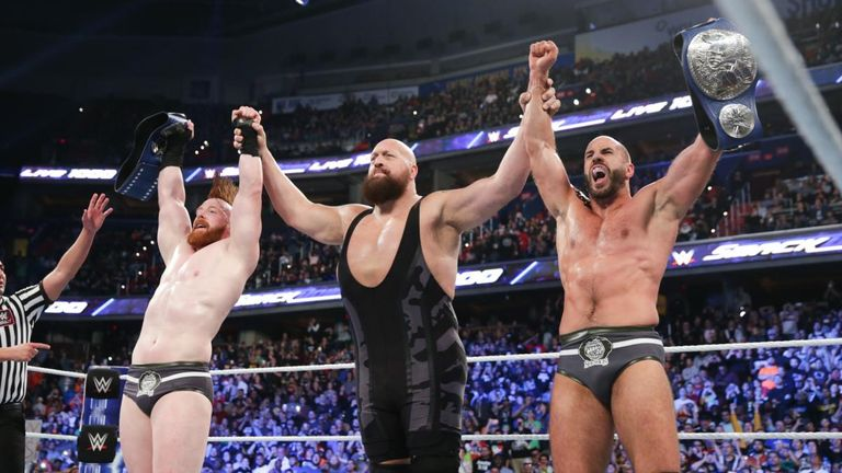 The Big Show provided an inexplicable assist for The Bar to win a fifth tag-team championship on SmackDown 1000