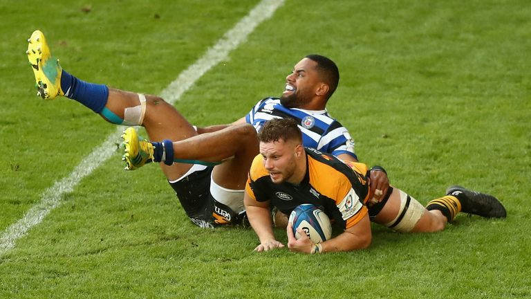 Thomas Young scored the try that gave Wasps a draw against Bath at the Ricoh Arena