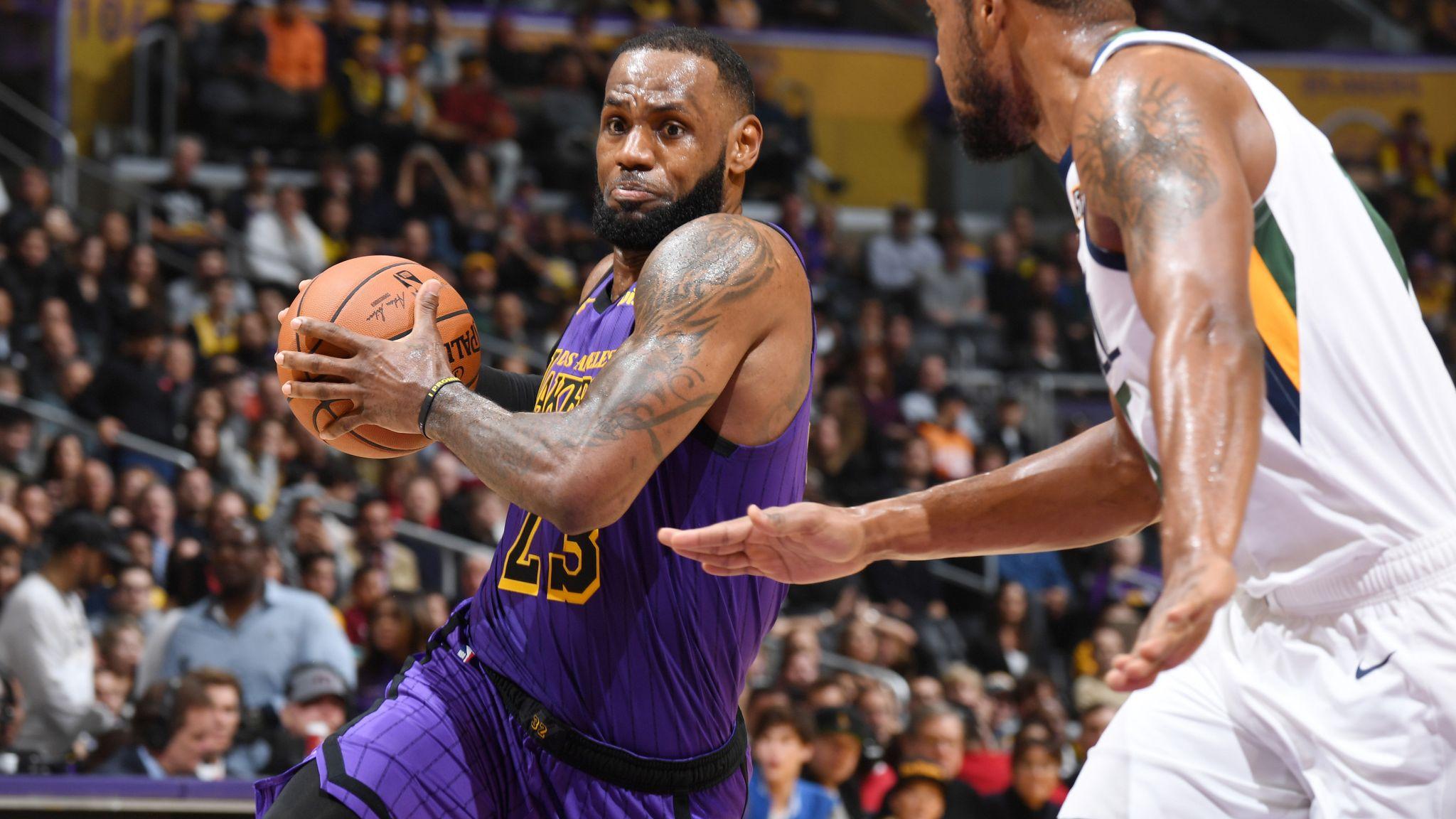 ee1ec61b965 LeBron James grabs double-double as Los Angeles Lakers beat Utah Jazz