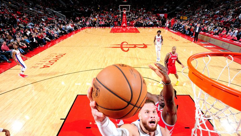 Blake Griffin attacks the rim against the Houston Rockets