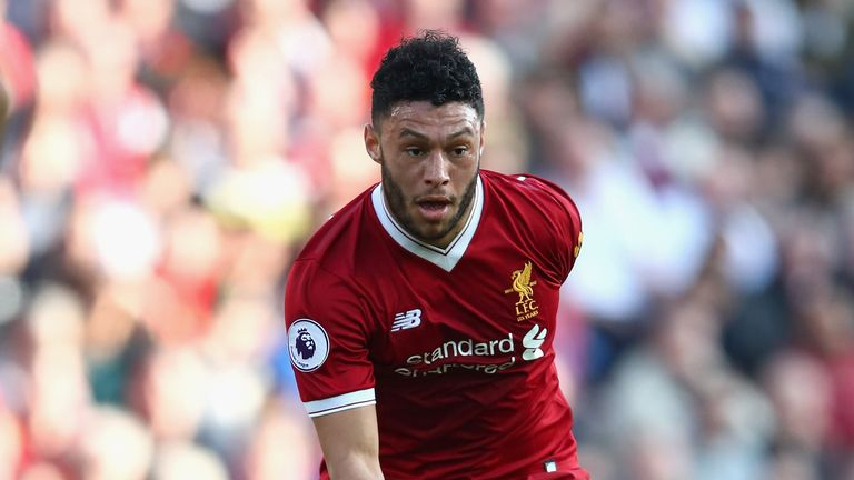 Liverpool's Alex Oxlade-Chamberlain targets return before end of season
