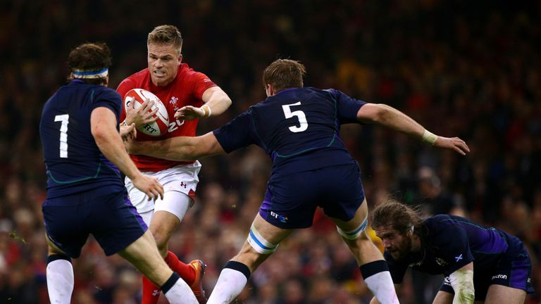 Gareth Anscombe will play at fly-half against South Africa