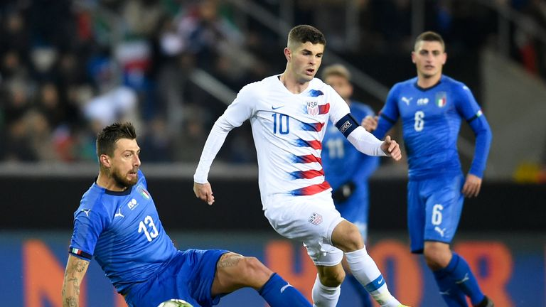Christian Pulisic in action for USA vs Italy in Genk