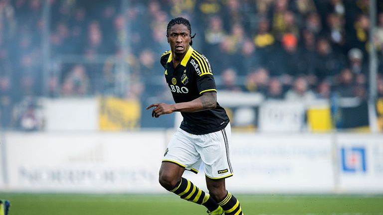 Etuhu in action for AIK