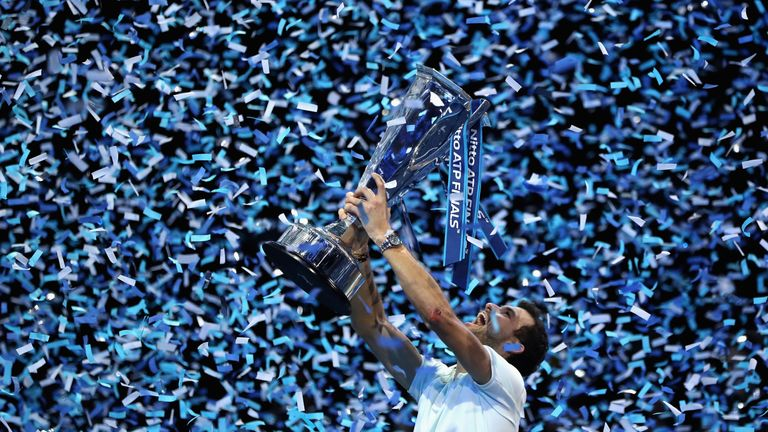 Federer eyes ATP finals crown to reach career 100