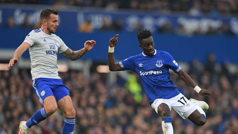 Joe Ralls and Idrissa Gueye in action at Goodison Park