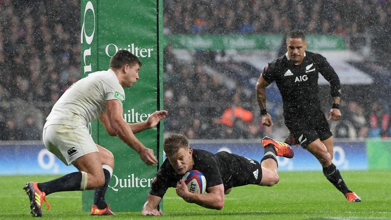 Damain McKenzie struck for a key try on the stroke of half time