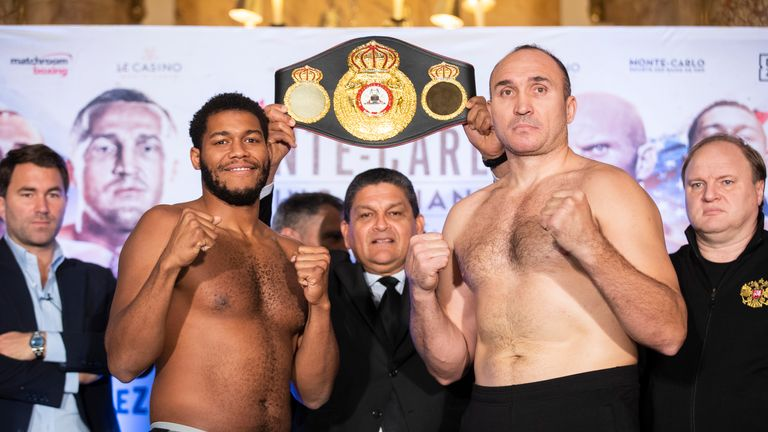 Michael Hunter sized up Alexander Ustinov on the stage