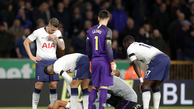 Mousa Dembele was injured early on in the 3-2 win away to Wolves