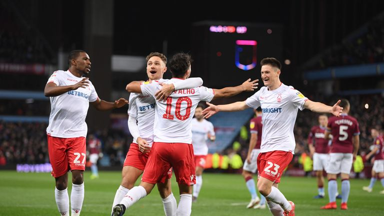 Nottingham Forest held on with 10 men in an epic draw