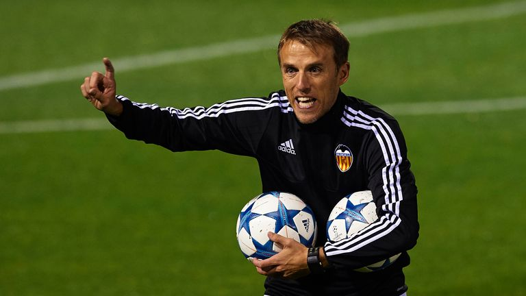 Gomes worked with former Everton midfielder Phil Neville at Valencia