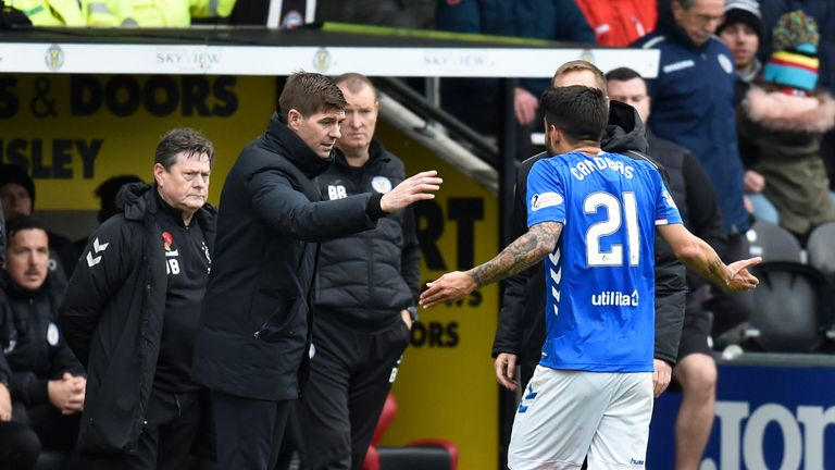 03/11/18 LADBROKES PREMIERSHIP.ST MIRREN v RANGERS (0-2).SIMPLE DIGITAL ARENA - PAISLEY.Rangers manager Steven Gerrard with Daniel Candeias after the latter is shown a red card