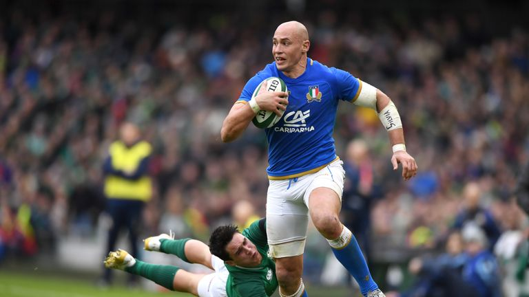 Sergio Parisse returns to lead Italy