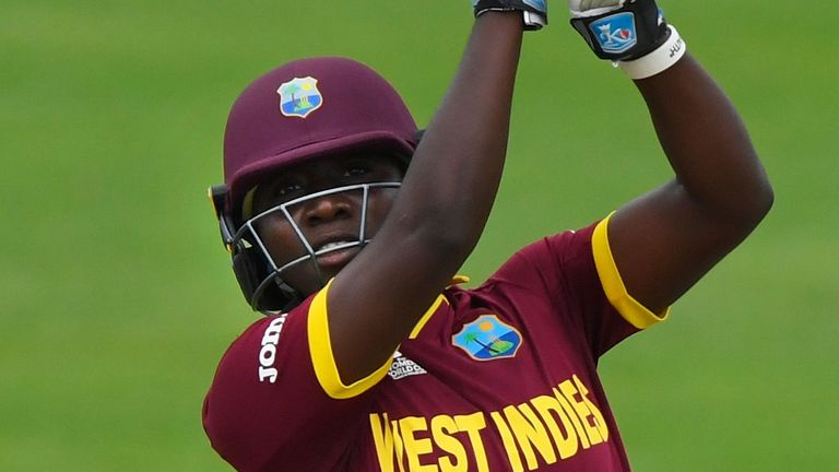 Daren Sammy is firmly behind Stafanie Taylor and her team