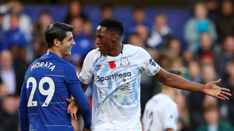 Yerry Mina confronts Alvaro Morata during the 0-0 draw