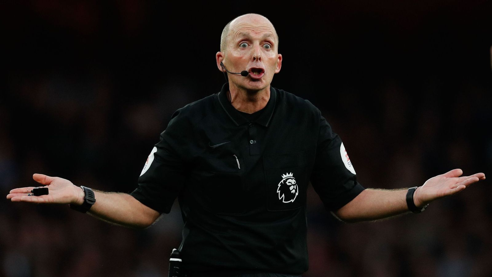 as official vs Mike Dean for removed  Tottenham fourth