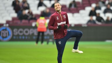 Spurs hold no interest in Carroll