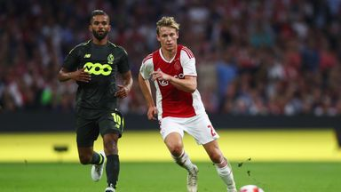Frenkie De Jong is reportedly set to join PSG