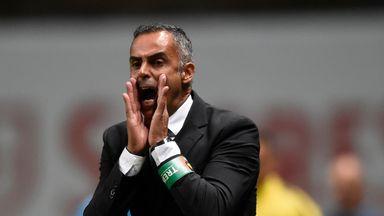 fifa live scores -                               Reading pursue Rio Ave boss Gomes