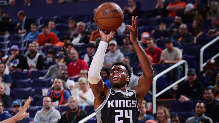 Buddy Hield rises up for a jump shot