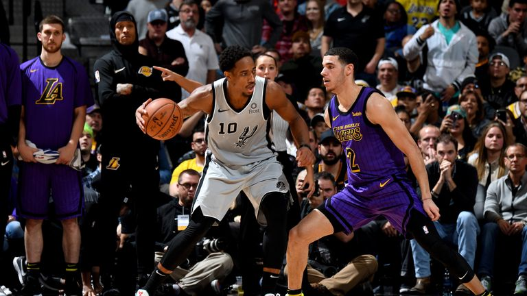 timeless design 7fd03 96570 NBA round-up: DeMar DeRozan lifts San Antonio Spurs past Los ...