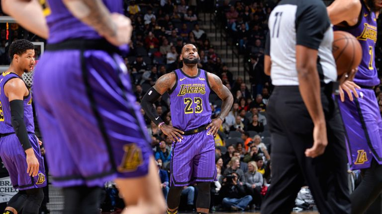 ae54e2c74b70 LeBron James shows his frustration as the Lakers fall in San Antonio