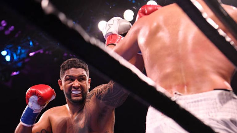 Dominic Breazeale Knocks Out Carlos Negro To Become Deontay Wilder S