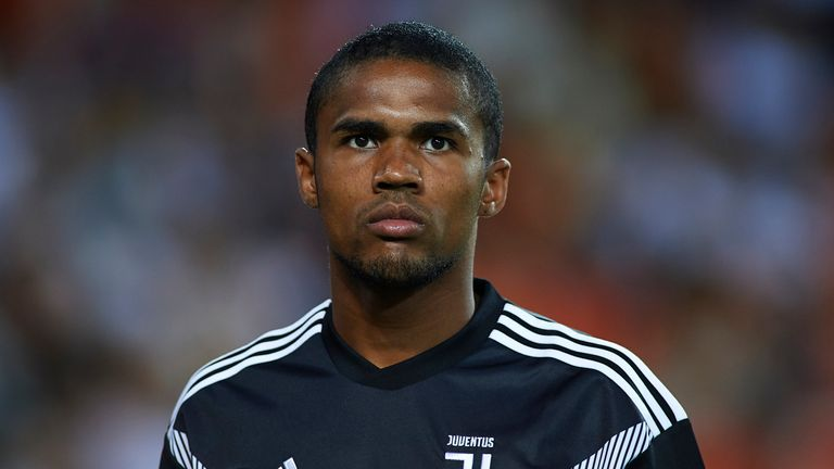 Manchester United are reportedly keen on Douglas Costa