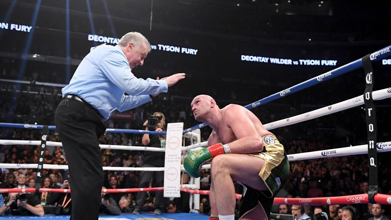 Fury was down first in the ninth round