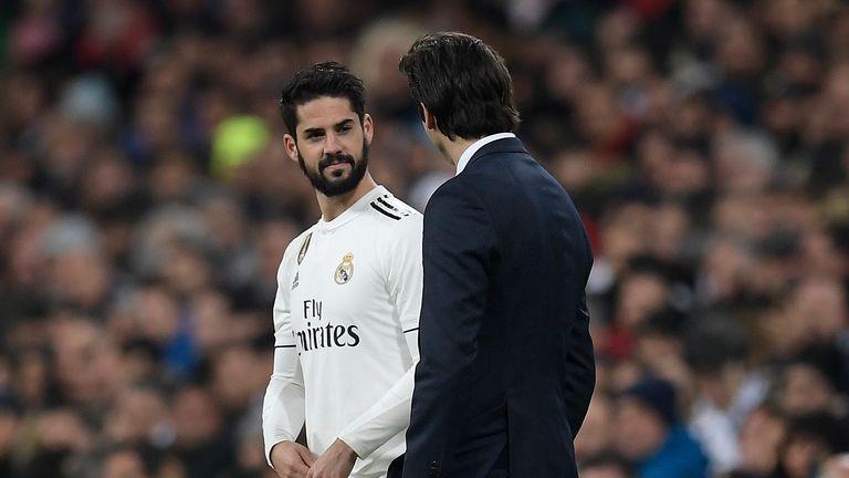 Iscos Lack Of Real Madrid Game Time Puzzles Rafael Van Der Vaart