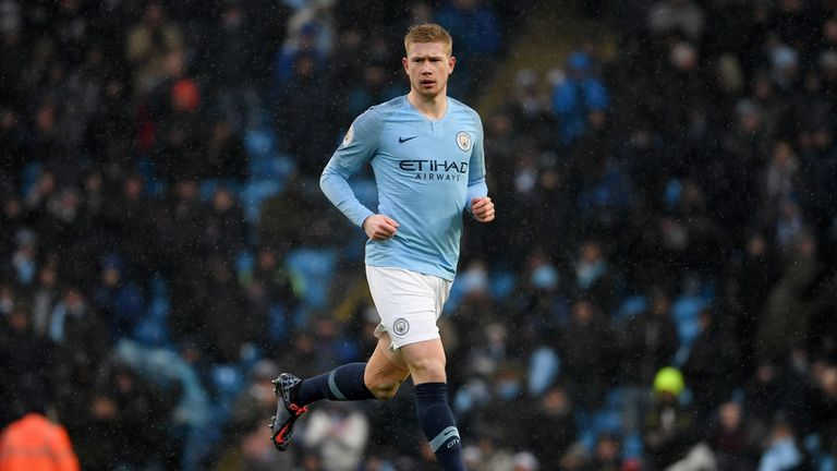Kevin De Bruyne in action vs Everton