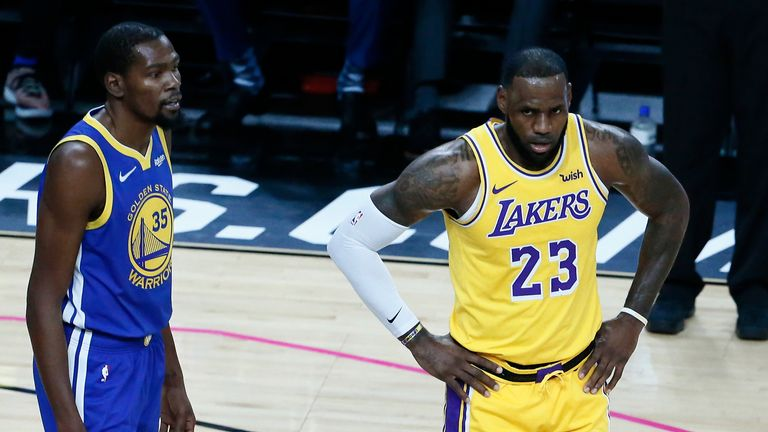 Kevin Durant appears in no rush to follow LeBron James to the Lakers