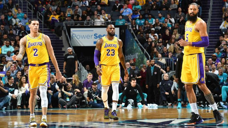 128 Lakers - Hornets 100