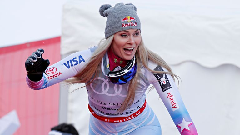Lindsey Vonn is set to delay her retirement from skiing