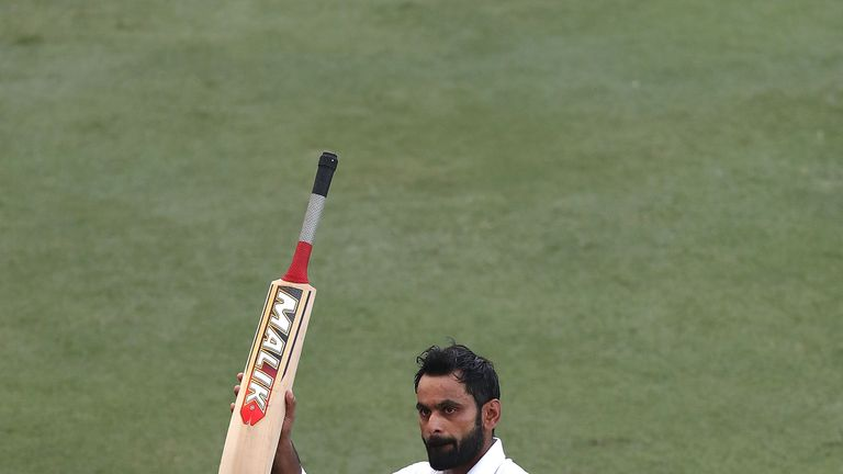 Pakistan opener Mohammad Hafeez to retire from Test cricket
