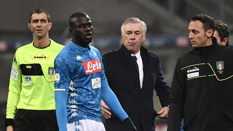 Carlo Ancelotti looks on after Kalidou Koulibaly is sent off against Inter Milan