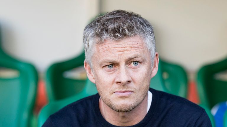 Ole Gunnar Solskjaer in the dugout at Easter Road on August 9, 2018