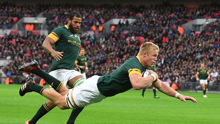 Pieter-Steph du Toit goes over for a try against the Barbarians at Twickenham in November 2016