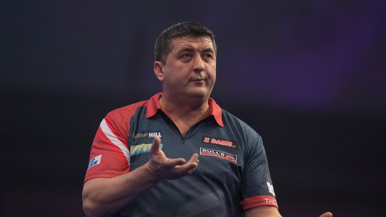 Suljovic was due to play Gary Anderson