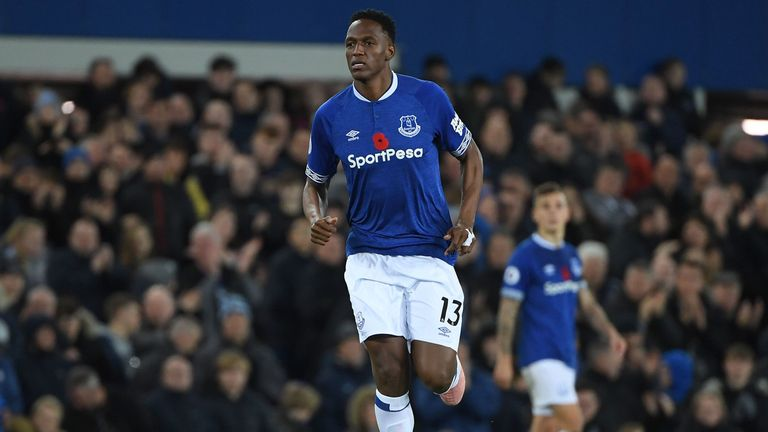 online retailer c5a95 38d0b Everton's Yerry Mina says he uses mother as motivation ...