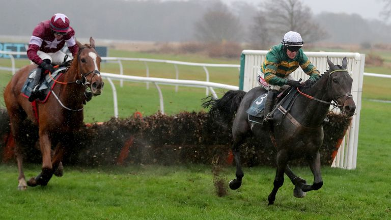 Buveur D'Air ridden by Barry Geraghty (right) wins the BetVictor Fighting Fifth Hurdle