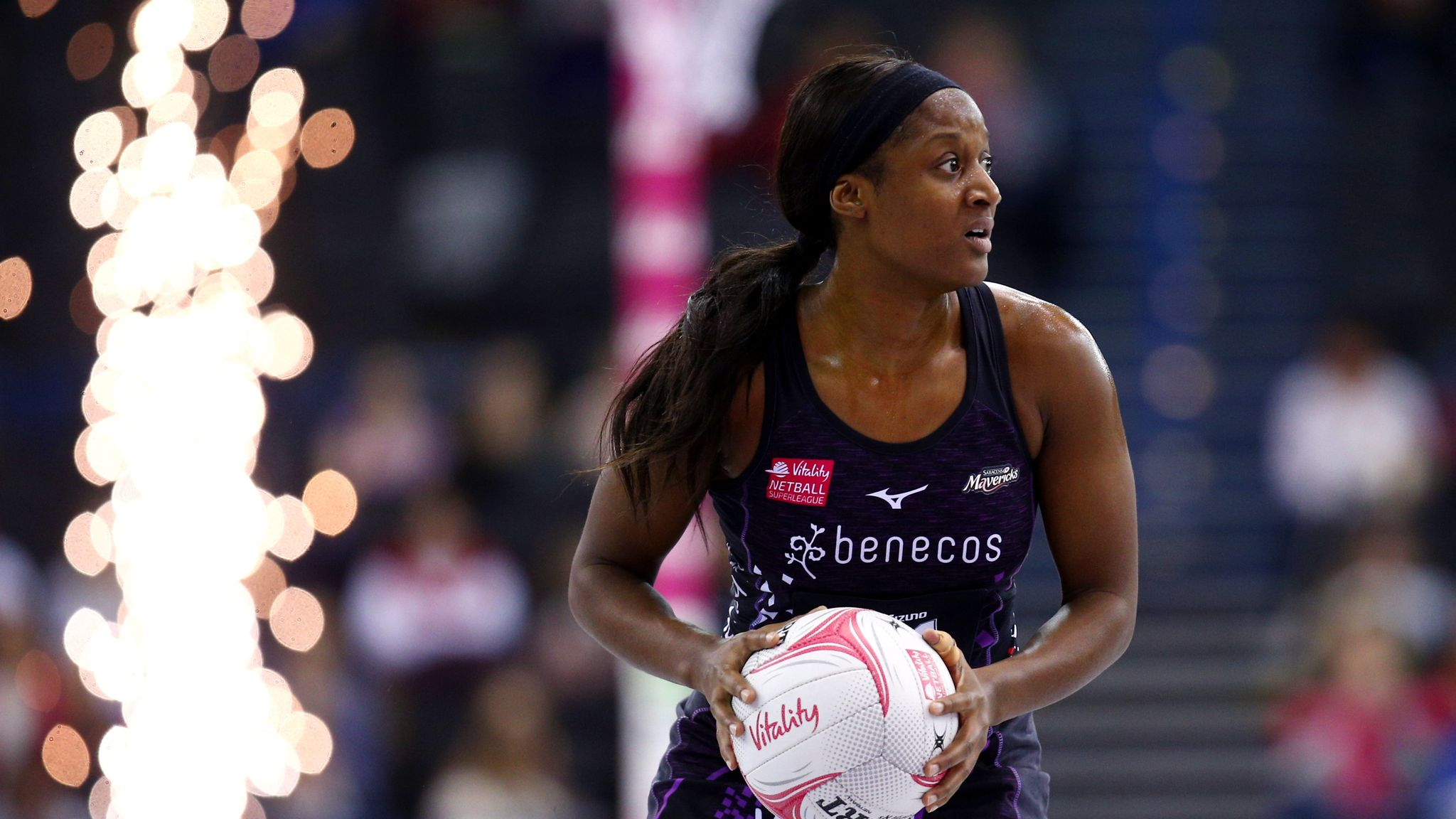 Ama Agbeze and Jhaniele Fowler join Mavericks for Fast5 All-Star competition