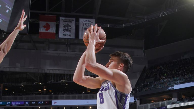 Sacramento Kings' young core could end NBA's longest playoff