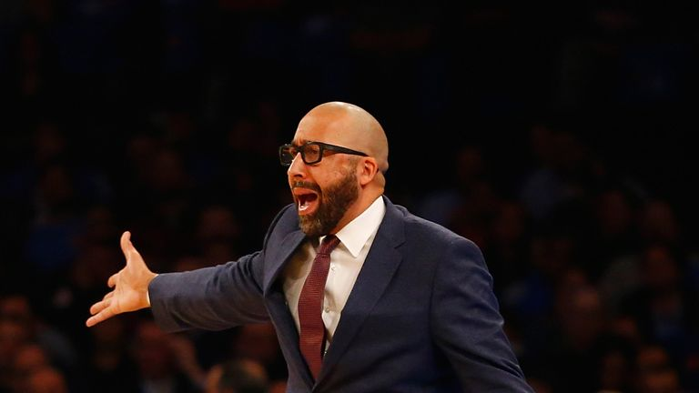David Fizdale yells instructions from the sideline