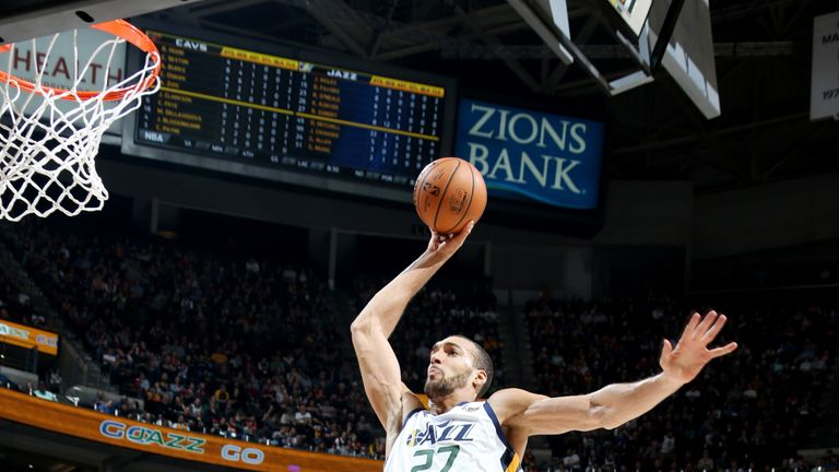 Gobert dunks during Utah's rout of Cleveland